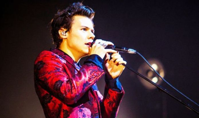 One Direction: Harry Styles played a touching role in his mother's wedding