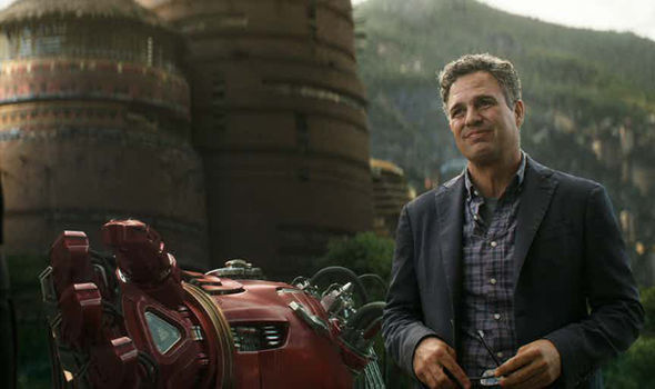 bruce banner by hulkbuster arm