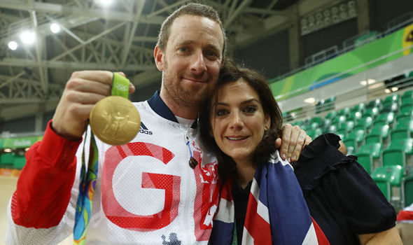Bradley Wiggins with his gold medal at the Rio Olympics