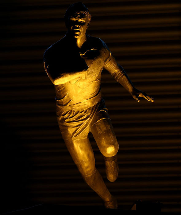 Keiron Cunningham statue
