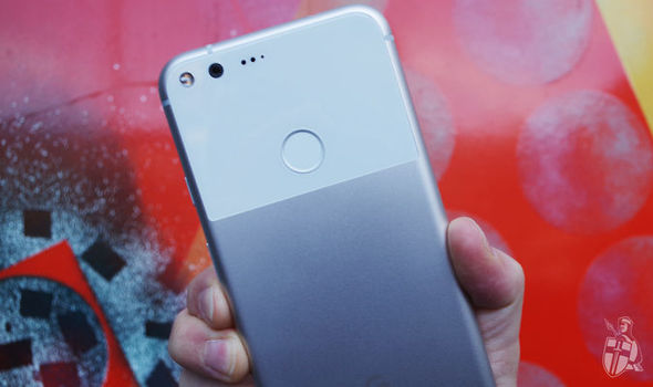 Google Pixel XL is currently sold-out in the UK and US