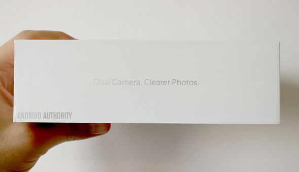 The tagline purportedly printed on the side of the OnePlus 5 package hints at a dual camera