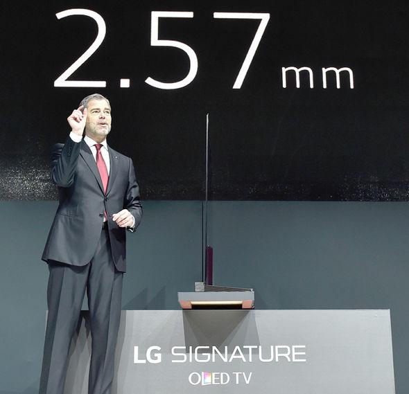 LG OLED presentation slimness