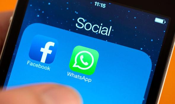 Facebook whatsapp social media sharing apps