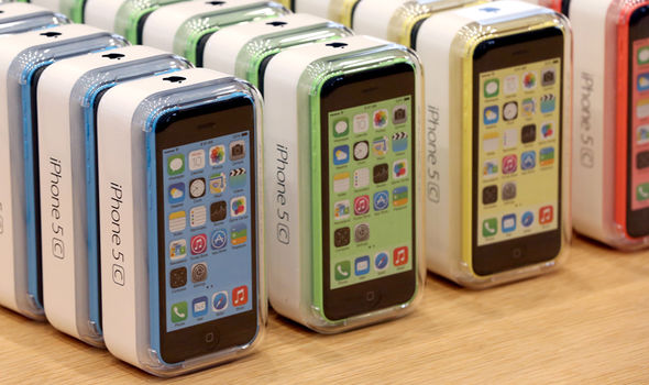 iPhone 5 and iPhone 5C are some of the latest iOS devices to run on 32-bit architecture