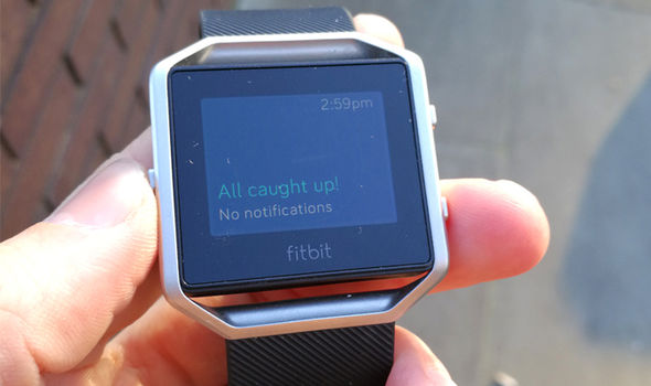 fitbit blaze sync smartphone notifications