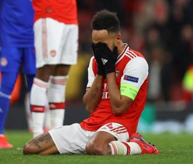 Arsenal Player Ratings Vs Olympiakos Aubameyang Sitter Costly As