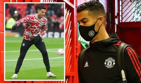 Cristiano Ronaldo livid after being dropped for Manchester United against Everton