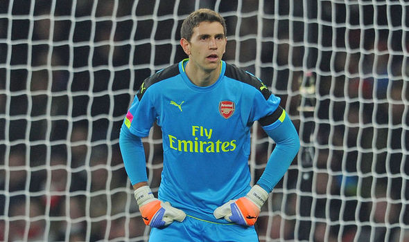 Arsenal goalkeeper Emiliano Martinez