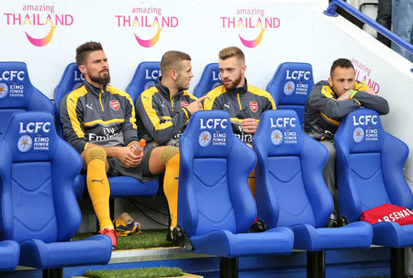 Giroud on the bench