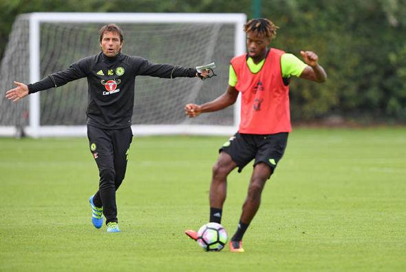 Antonio Conte contract at Chelsea