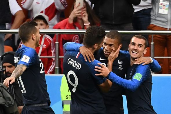 France vs Peru: Live World Cup score, goals and updates as Antoine Griezmann starts  World Cup result: France 1-0 Peru; Kylian Mbappe scores as Les Bleus reach knockout stages | Football | Sport France vs Peru Live World Cup score goals and updates as Antoine Griezmann starts 1390429
