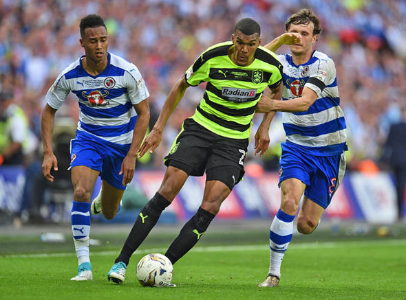 Huddersfield Town beat Reading