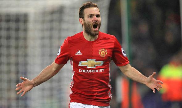 Juan Mata scores for Man United