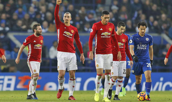 Manchester United beat Leicester 3-0