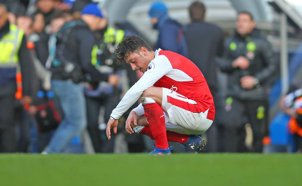 Mesut Ozil frustrated