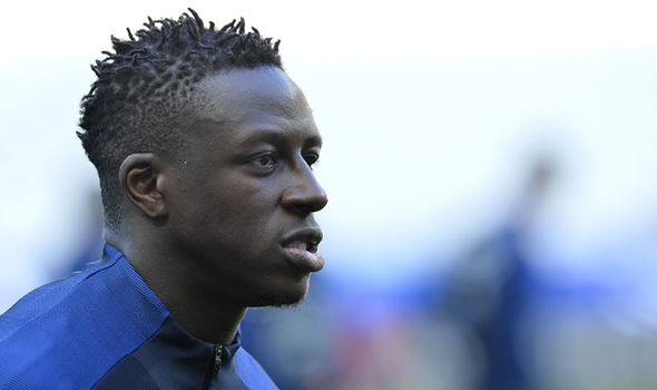 Transfer News: Manchester City look to have beaten Liverpool to Benjamin Mendy