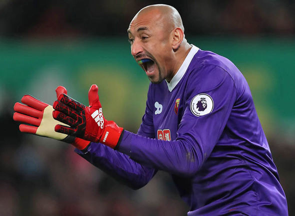 Watford reportedly offered £10m plus Heurelho Gomes for Asmir Begovic