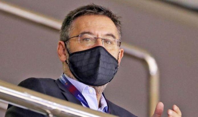 Barcelona CEO and former president Josep Maria Bartomeu arrested as Nou Camp is raided