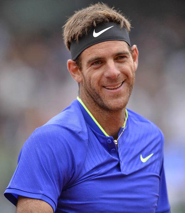 Andy Murray beat Juan Martin Del Potro 7-6, 7-5, 6-0
