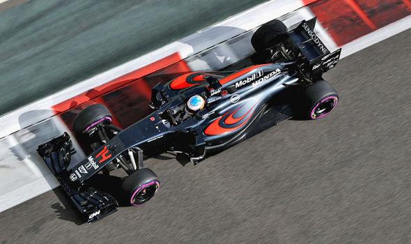 McLaren F1 car 2017