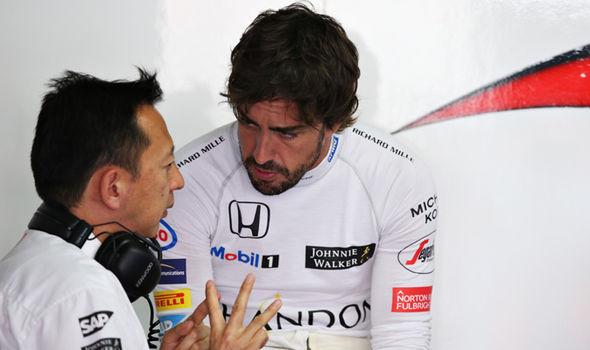 Fernando Alonso and Yusuke Hasegawa