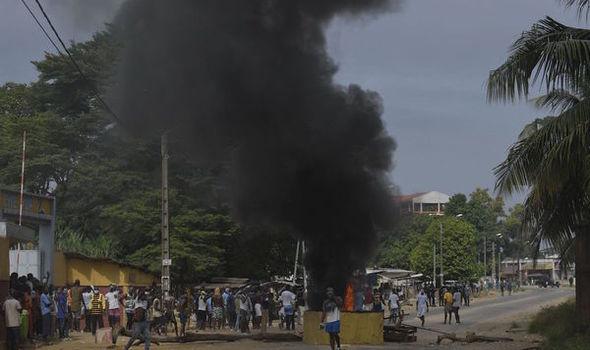 Coronavirus Africa: Ivorian protestors burn and destroy COVID-19 ...
