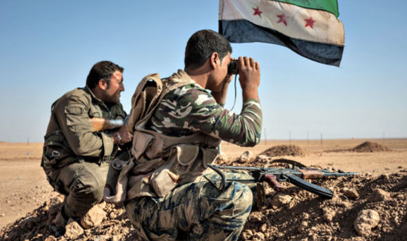 Militants in the frontline against the Islamic State