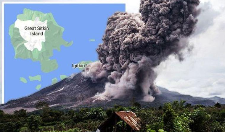 Erupción del volcán de Alaska