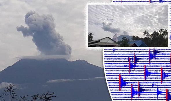 Bali volcano: Mount Agung erupting in Bali