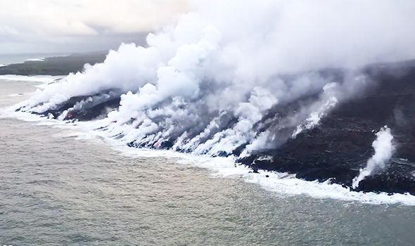 hawaii volcano eruption 2018 kilauea volcano lava pacific ocean