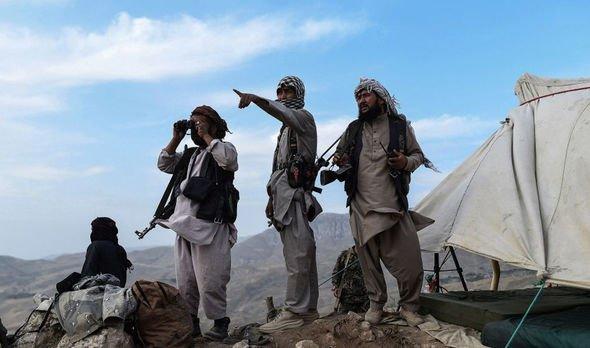 Afghan militia fighters
