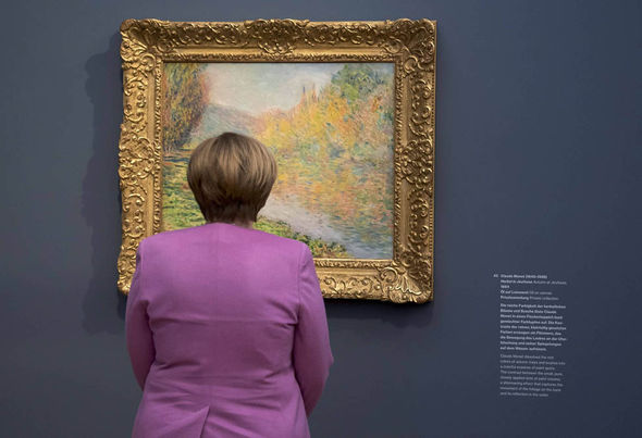 Angela Merkel at gallery opening