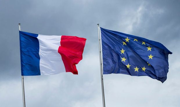 Macron and the EU flag