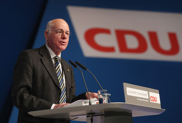 Bundestag president Norbert Lammert has suggested the Alterspräsident should not be the eldest