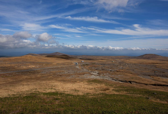 Barren road leading to Mt Paetku