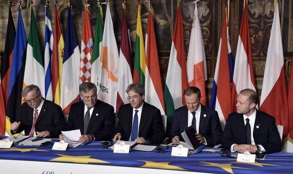 Jean-Claude Juncker, EU president Antonio Tajani, Italy's PM Paolo Gentiloni, Donald Tusk and Malta's PM Jospeh Muscat