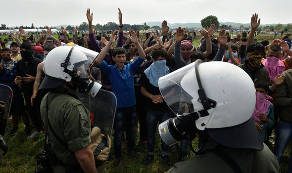 Migrants clash with police in Greece
