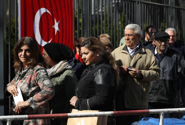 Turkish voters living in Germany begin casting their ballots in Berlin