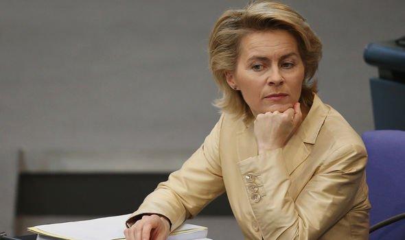 Ursula von der Leyen a critiqué AstraZeneca
