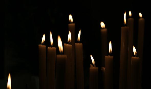 yom kippur 2018 do we light candles on