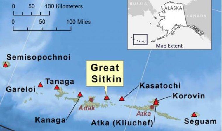 Erupción del volcán de Alaska: gran mapa de Sitkin
