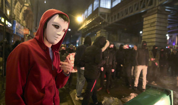 Youths are furious in Paris