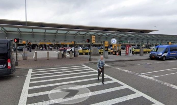 Newark Airport evacuation: 'Bomb threat' sparks panic in New Jersey - 'Ran so fast'