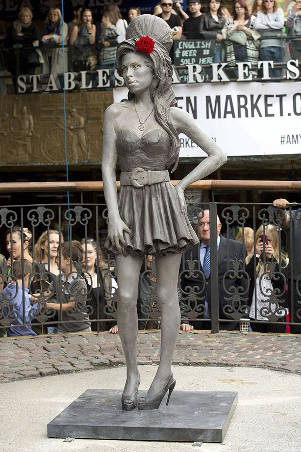 Life Size Amy Winehouse Statue Unveiled In Camden