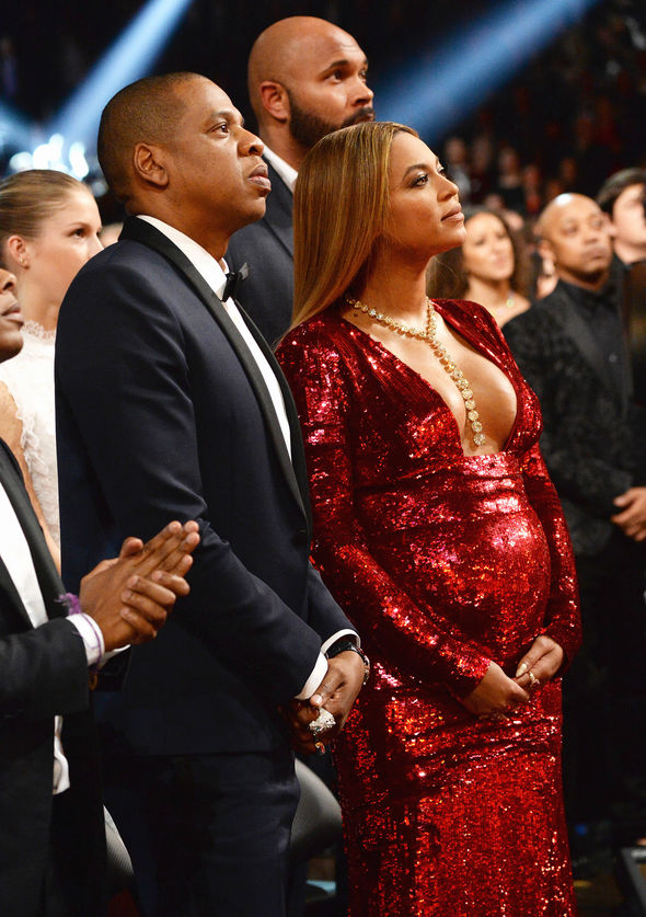 Beyonce tears in her eyes with Jay Z
