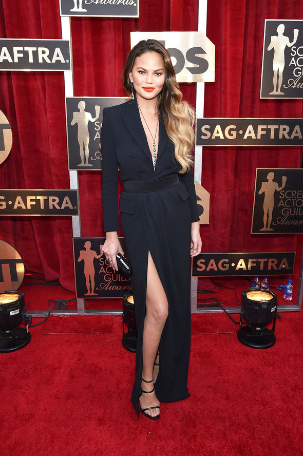 Chrissy Teigen put on a leggy display