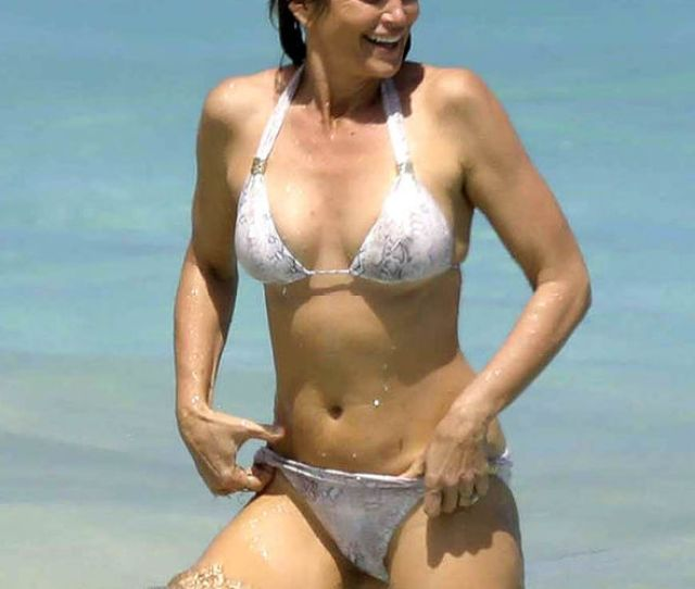 Cindy Crawford In The Sea