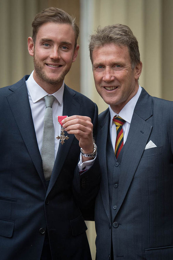 Stuart Broad with father Chris