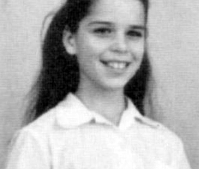 Neve Campbell Looks Unrecognisable In Adorable Throwback